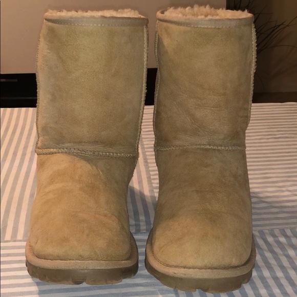 58a7dac9fe4 UGG Shoes | Australia Essential Short Boot Beige | Poshmark